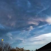 Altocumulus Lenticularis Duplicatus über Flawil, SG – Wolken sind sooo