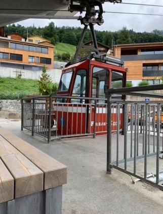 Seilbahn Fanas wegen Blitzeinschlag geschlossen :-( Und natürlich auch auf
